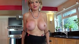Jerkoff instruction with british Milf Lady Sonia