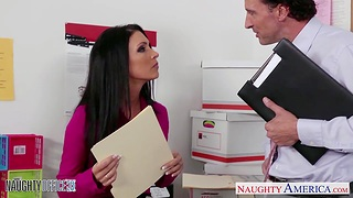 Meeting slut Jessica Jaymes gives her acid-head and gets fucked right on get under one's table