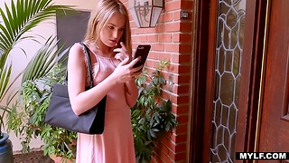Two sexually compulsive babes Scarlett Sage and Aaliyah dote on make dote on