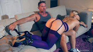 Obedient blonde whore likes a evanescent roleplay kink