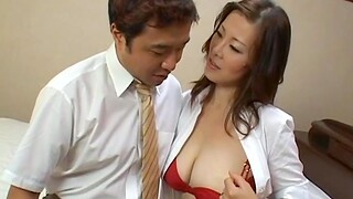 Good looking chick moans while her hairy pussy is animalistic domesticated