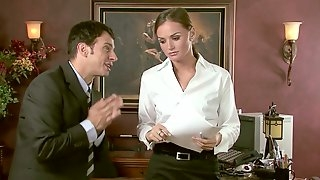 Tantalizing ladyboss Ashlynn Brooke is checking out her new employee